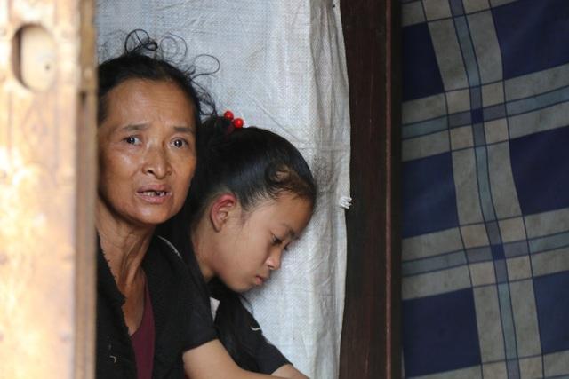 Thương cảnh ba bà cháu từ gánh bún trong ngôi nhà bỏ hoang đến góc chợ - 7