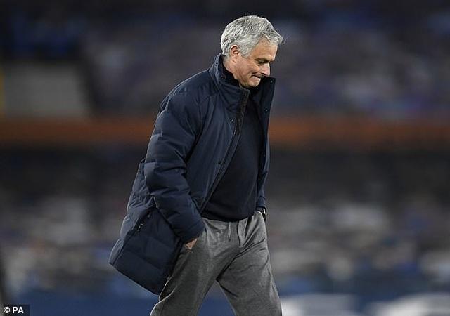 Mourinho lên tiếng sau khi bị sa thải, Son Heung Min tri ân thầy cũ - 1