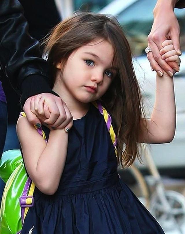 Con gái tài tử Tom Cruise xinh xắn, phổng phao ở tuổi 15 - 2