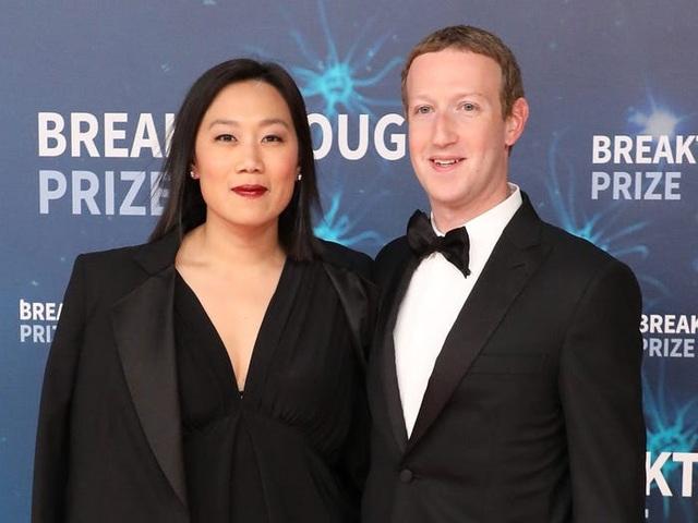 Kiếm 40 tỷ USD mỗi năm, ông chủ Facebook đang tiêu tiền như thế nào? - 3