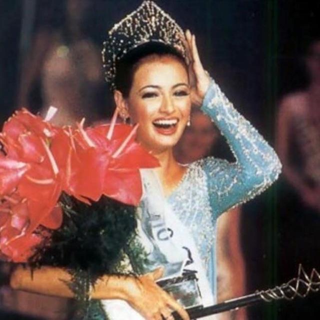 Sự kiện có một không hai từng đến với ba Hoa hậu Ấn Độ - 3