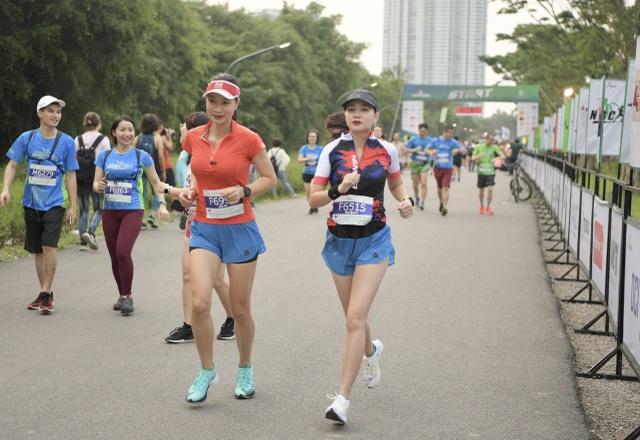 Cung đường chạy đẹp nhất Việt Nam tại Ecopark Marathon - 3