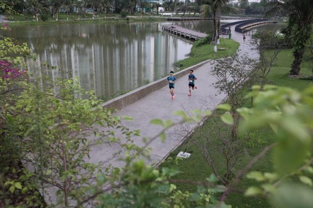 Cung đường chạy đẹp nhất Việt Nam tại Ecopark Marathon - 8