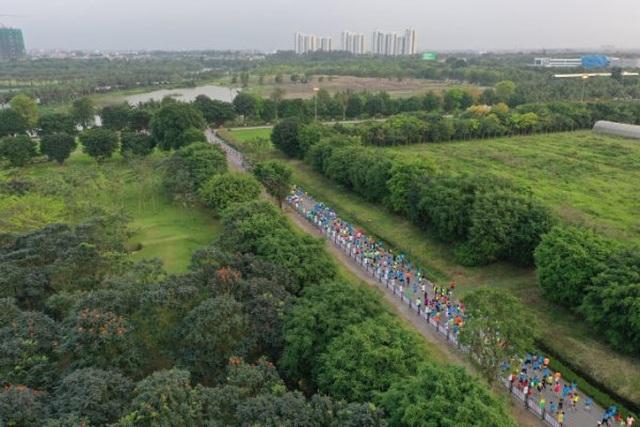 Cung đường chạy đẹp nhất Việt Nam tại Ecopark Marathon - 10