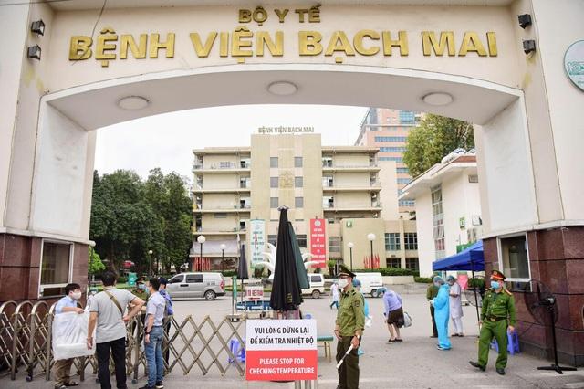 Phẫu thuật sọ não ở Bệnh viện Bạch Mai đã bị thổi giá như thế nào? - 1