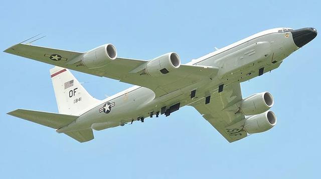 Trung Quốc tập trận bắn đạn thật, Mỹ điều mắt thần áp sát căn cứ hải quân - 1