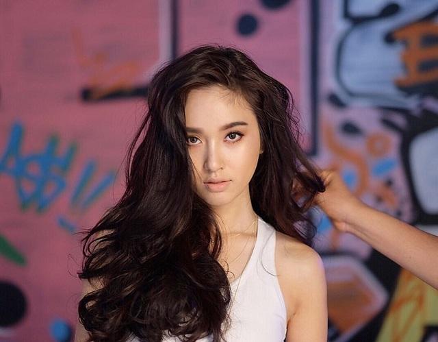 Vẻ gợi cảm khó cưỡng của mỹ nhân chuyển giới đẹp nhất Thái Lan - 11