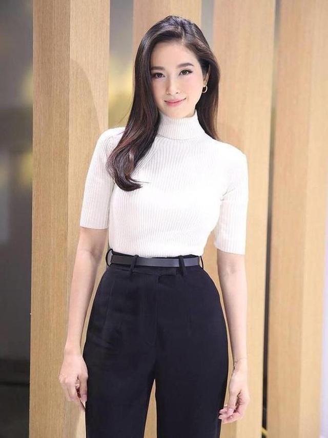 Vẻ gợi cảm khó cưỡng của mỹ nhân chuyển giới đẹp nhất Thái Lan - 6