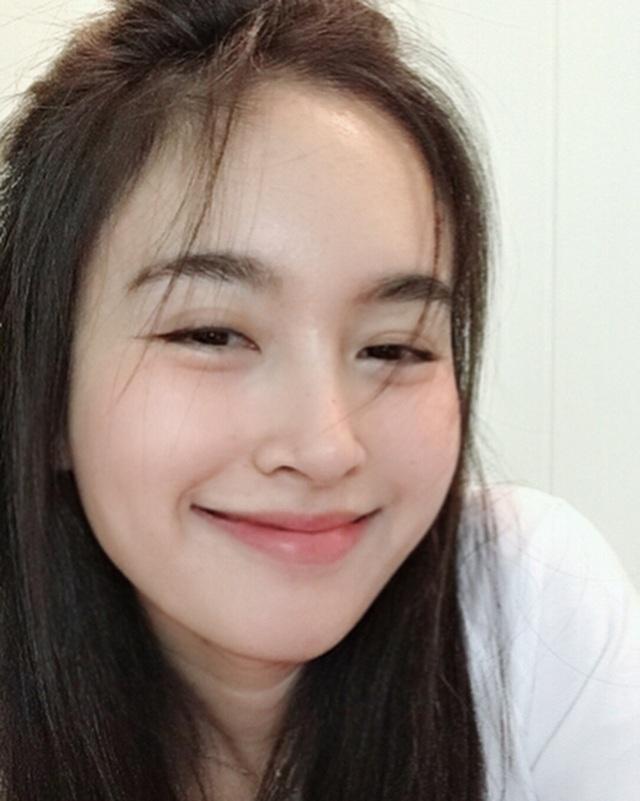 Vẻ gợi cảm khó cưỡng của mỹ nhân chuyển giới đẹp nhất Thái Lan - 10