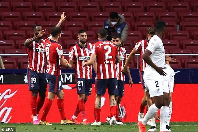 Atletico đòi lại ngôi đầu bảng La Liga từ tay Real Madrid - 3