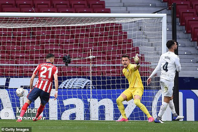 Atletico đòi lại ngôi đầu bảng La Liga từ tay Real Madrid - 4