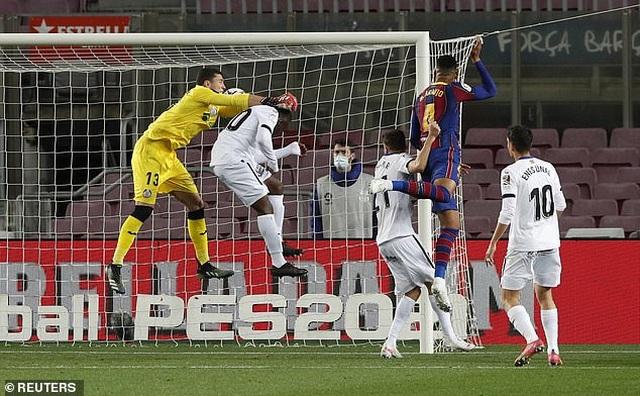 Messi lập cú đúp, Barcelona sống lại giấc mơ vô địch La Liga - 5