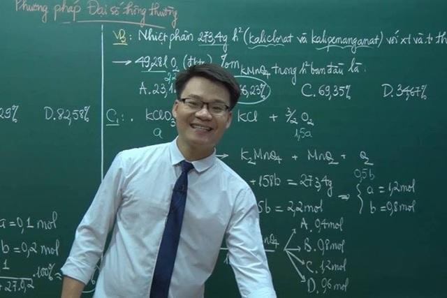 Thầy giáo Vũ Khắc Ngọc chia sẻ phương pháp ôn thi tốt nghiệp THPT môn Hóa - 1
