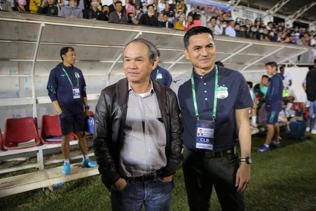 Tuyên bố HLV Kiatisuk thay Park Hang Seo, huyền thoại Thái Lan bị ném đá - 1