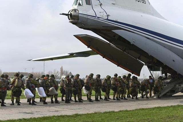 Nga bất ngờ rút quân khỏi khu vực gần biên giới Ukraine - 2