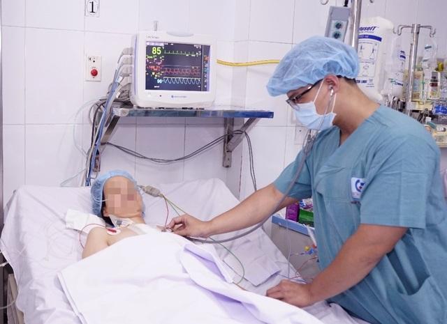 Bệnh nhân trẻ thập tử nhất sinh vì căn bệnh ở người già - 1