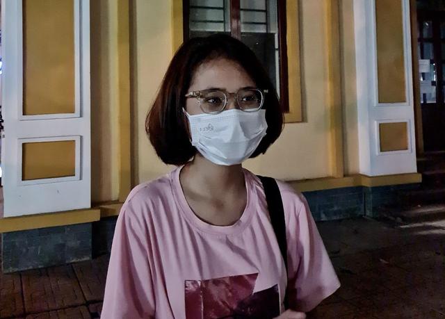 Phụ huynh, học sinh Hà Nội tối ngày chạy đua với thời gian luyện thi vào 10 - 2