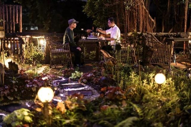 Vườn đẹp như cổ tích của con trai hiếu thảo dành tặng bố dưỡng già - 6