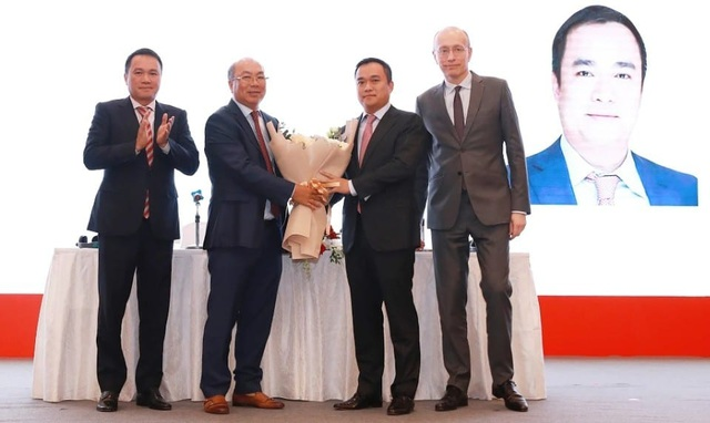 Techcombank: HĐQT có thêm thành viên họ Hồ, muốn vốn hóa 2025 lên 20 tỷ USD - 3