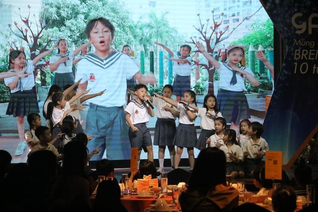 Ngôi trường vinh danh bác bảo vệ trong lễ kỷ niệm 10 năm ngày thành lập - 5