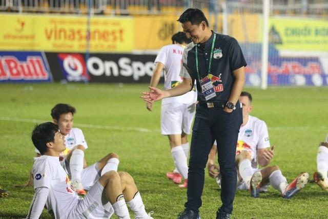 HA Gia Lai lộ thêm tử huyệt trong cuộc đua vô địch V-League - 2