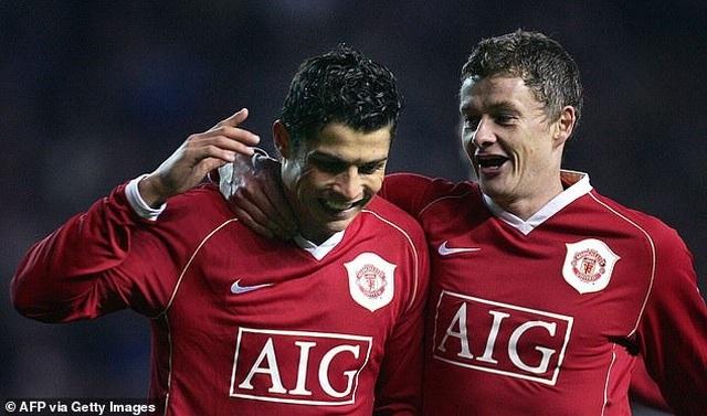 C.Ronaldo chấp nhận hy sinh để trở về Man Utd - 2