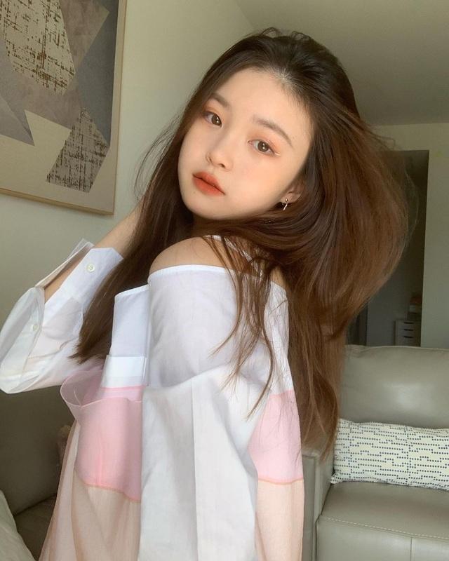 Cô gái xinh đẹp được so với công chúa Jennie nhóm nhạc Blackpink - 1