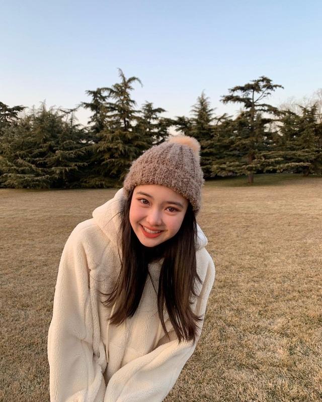 Cô gái xinh đẹp được so với công chúa Jennie nhóm nhạc Blackpink - 7
