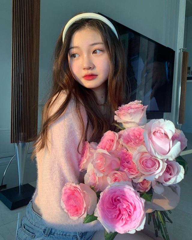 Cô gái xinh đẹp được so với công chúa Jennie nhóm nhạc Blackpink - 9