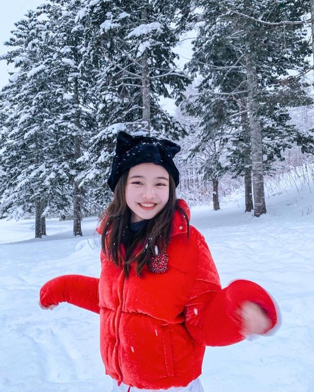 Cô gái xinh đẹp được so với công chúa Jennie nhóm nhạc Blackpink - 14