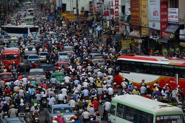 Luồn lách, cướp làn khi tham gia giao thông: ý thức kém hay hạ tầng yếu? - 2