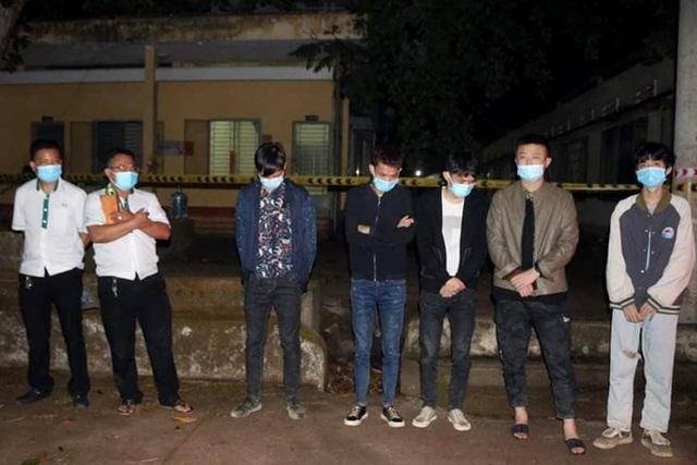 Bao vây vườn điều bắt giữ 9 người Trung Quốc đang lẩn trốn - 1