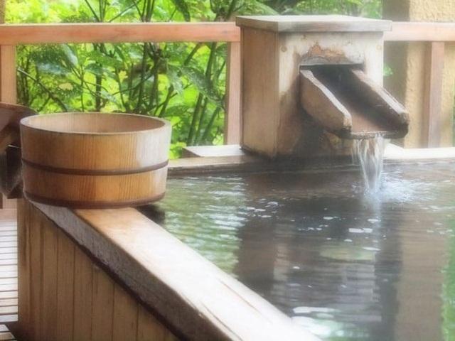 Bồn tắm lộ thiên - Tinh hoa suối khoáng nóng Nhật Bản - 1