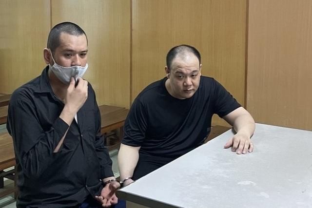 Hai người đàn ông ngoại quốc vận chuyển hơn 600kg ma túy - 1