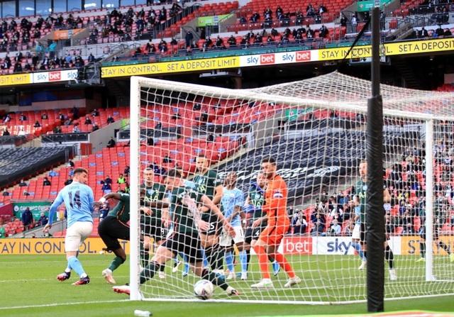 Đánh bại Tottenham, Man City lần thứ 8 vô địch Carabao Cup - 3