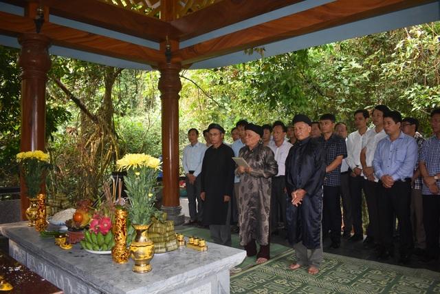 Về miền Tây Quảng Bình, thưởng thức Hội Rằm tháng Ba có một không hai - 2