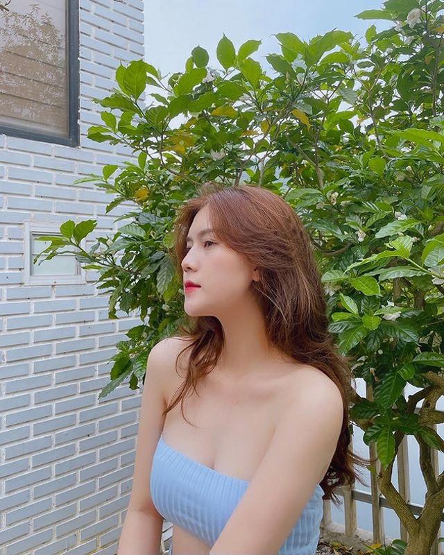 Cận cảnh nhan sắc xinh như mộng của bạn gái cầu thủ Thành Chung - 4