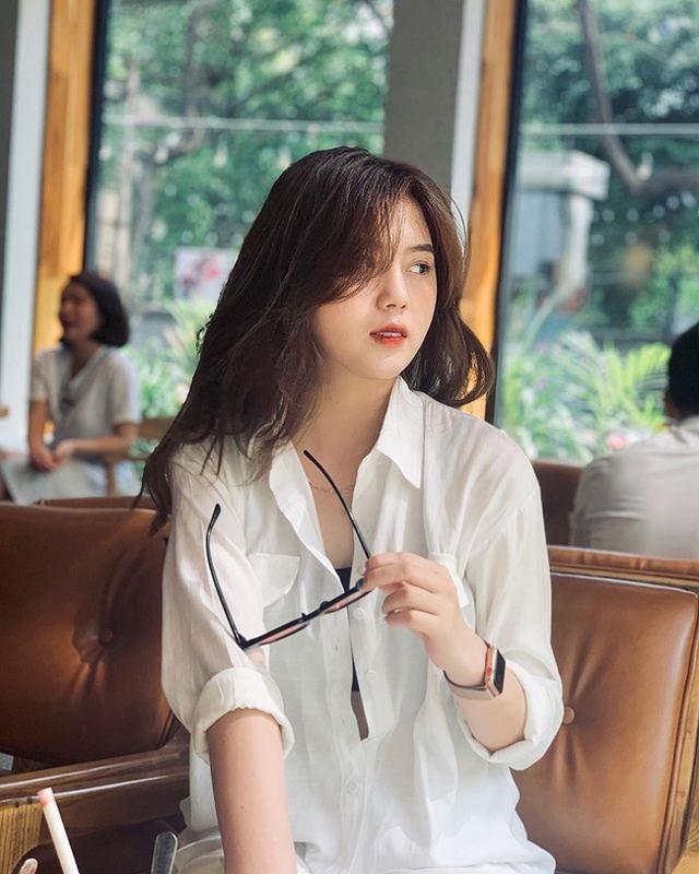 Cận cảnh nhan sắc xinh như mộng của bạn gái cầu thủ Thành Chung - 7