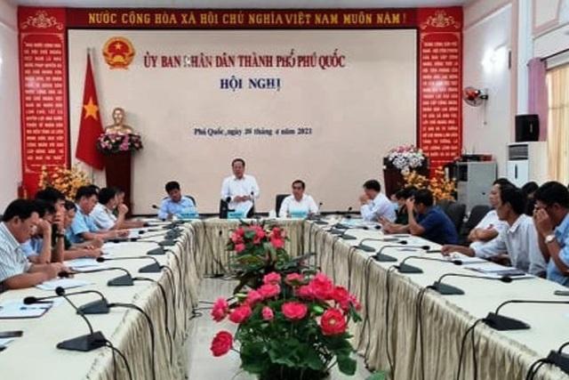 Campuchia dỡ bỏ lệnh phong tỏa, Phú Quốc họp khẩn phòng chống dịch Covid-19 - 1