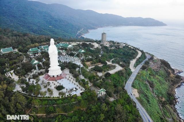 Chủ tịch Đà Nẵng: Sẽ công bố dự án nào dừng, dự án nào tiếp tục ở Sơn Trà - 2