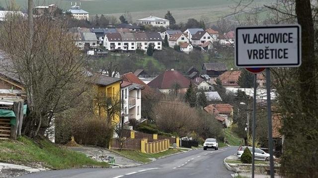 Nga lật bài ngửa, ám chỉ Czech vi phạm luật pháp quốc tế - 1