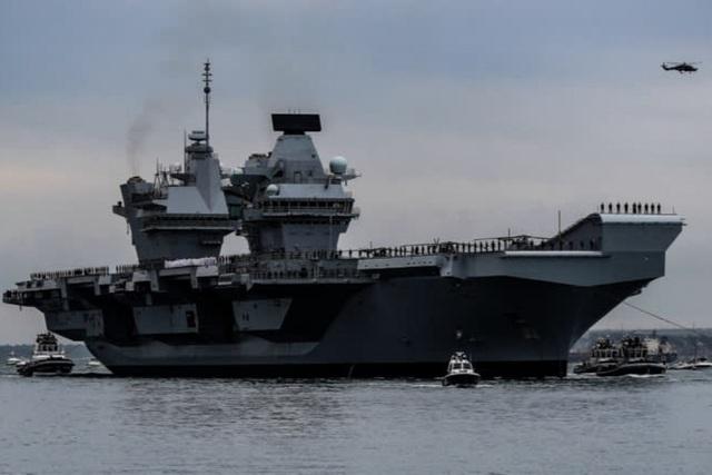 Anh đưa hạm đội tàu chiến đến châu Á - 1