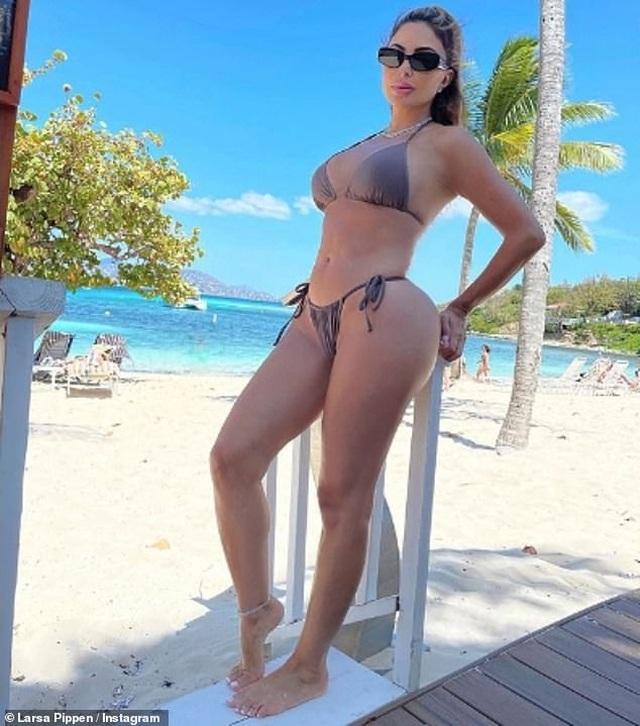 Bạn thân một thời của Kim Kardashian vẫn quyến rũ ở tuổi 47 - 2