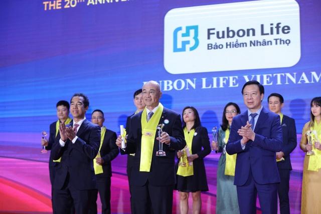 Tận tâm phát triển bền vững, Fubon Life Việt Nam nhận giải thưởng Rồng Vàng lần 8 - 1