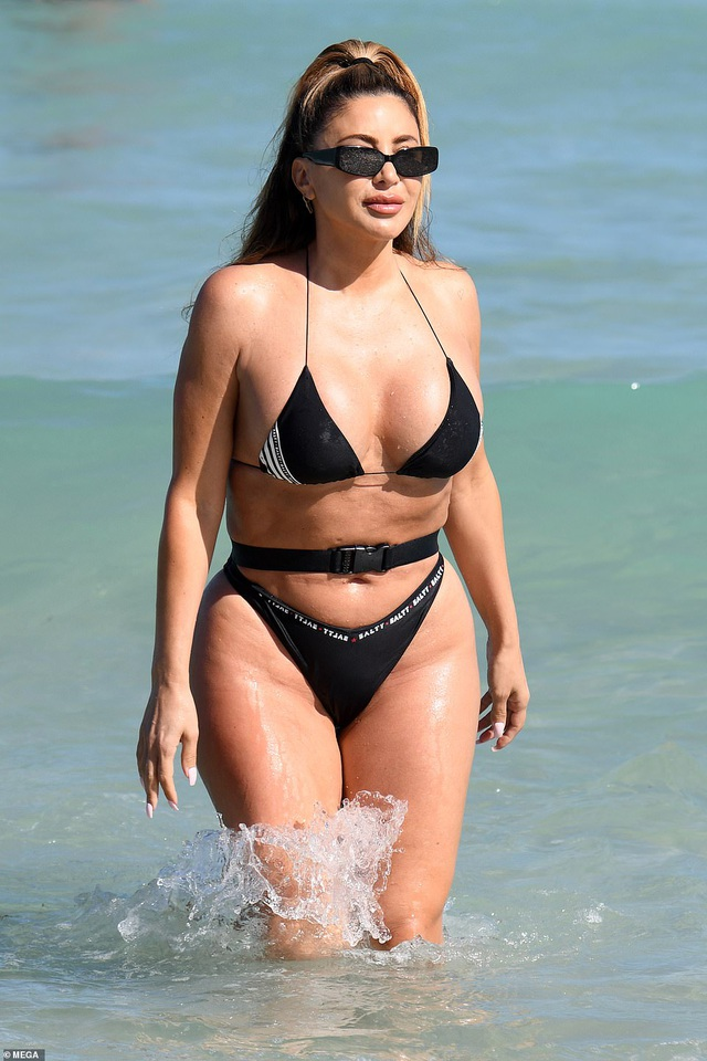 Bạn thân một thời của Kim Kardashian vẫn quyến rũ ở tuổi 47 - 3