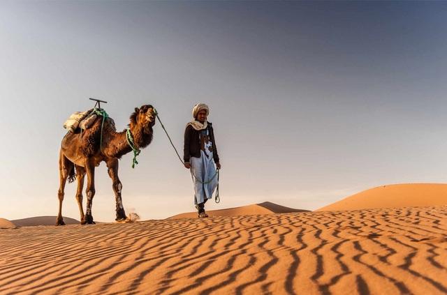 Khoa học lý giải bí ẩn những đồi cát biết hát - 3