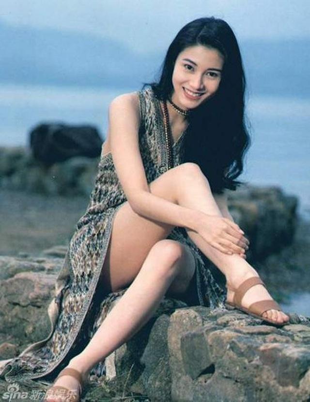 Ngưỡng mộ nhan sắc không tuổi của Hoa hậu đẹp nhất Hồng Kông - 2