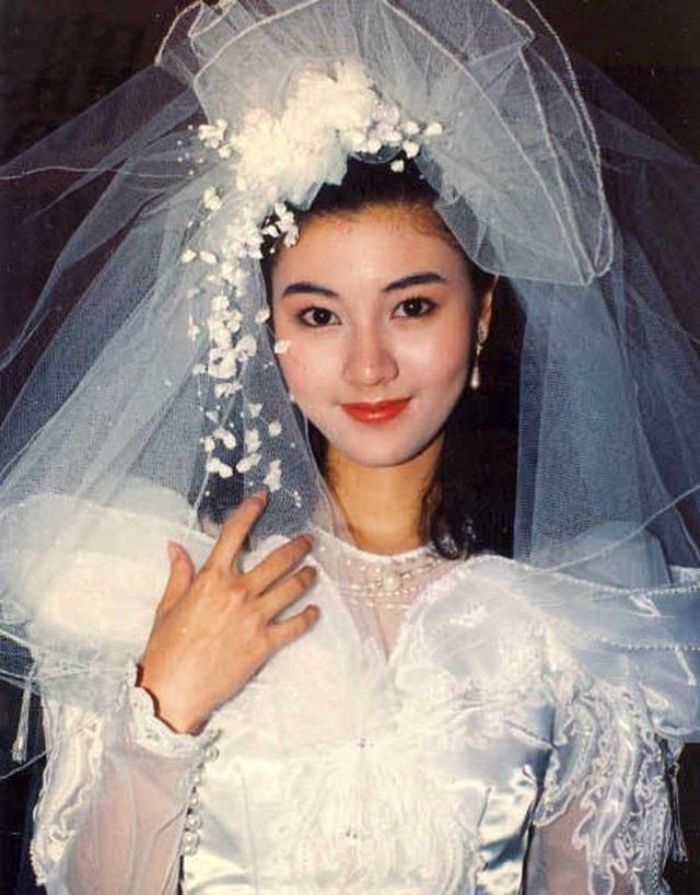 Ngưỡng mộ nhan sắc không tuổi của Hoa hậu đẹp nhất Hồng Kông - 1