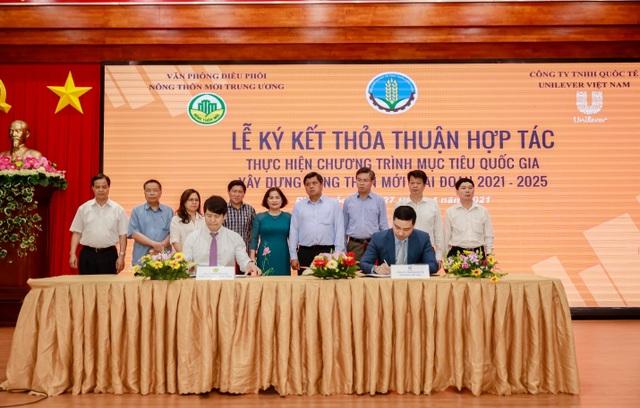 Lễ ký kết thỏa thuận hợp tác giữa Unilever và Văn phòng điều phối Nông thôn mới Trung ương - 1