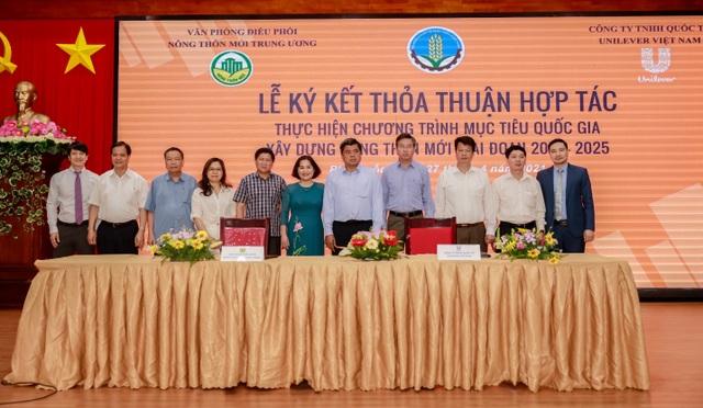 Lễ ký kết thỏa thuận hợp tác giữa Unilever và Văn phòng điều phối Nông thôn mới Trung ương - 2